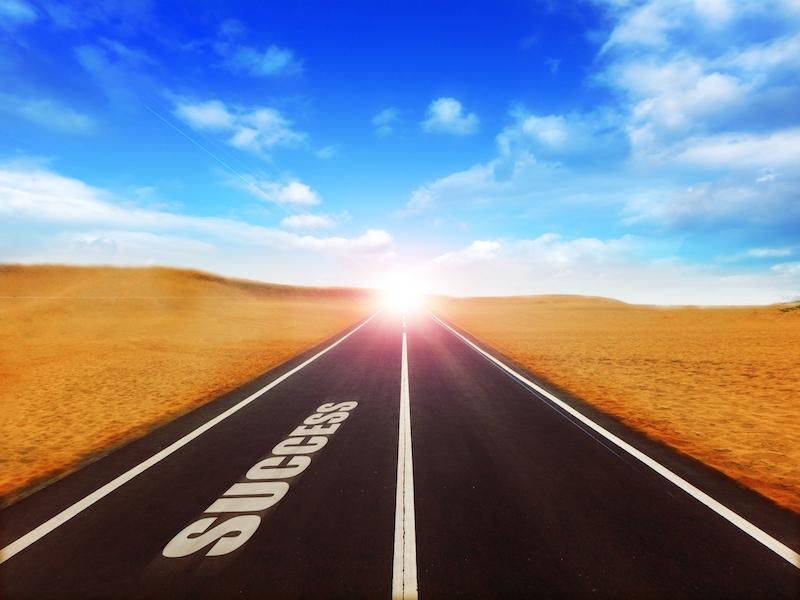 情報発信ビジネスの始め方│初心者が稼ぐために重要な1番のスキルと対策とは?